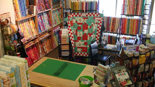 Snappy Quilts. WOW! This quilt store has such a variety of ... : the quilt store broomfield co - Adamdwight.com