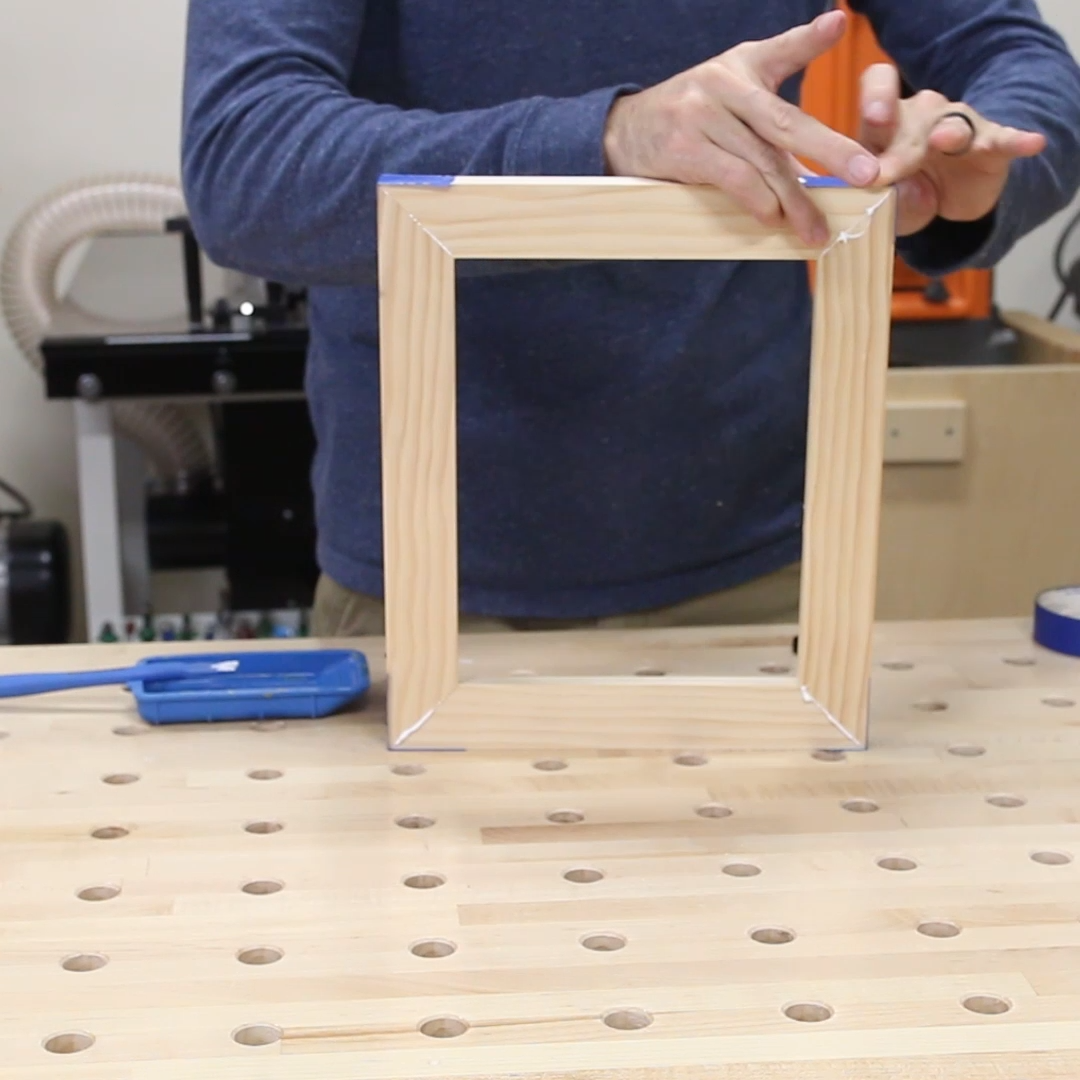 Always wanted to know how to make picture frames? You can build them yourself and save money! Learn how to make them 3 different ways from DIY picture frames to custom wooden profiled picture frames. Click through for all the details and a full how-to video. #pictureframes #diypictureframes #pictureframeideas