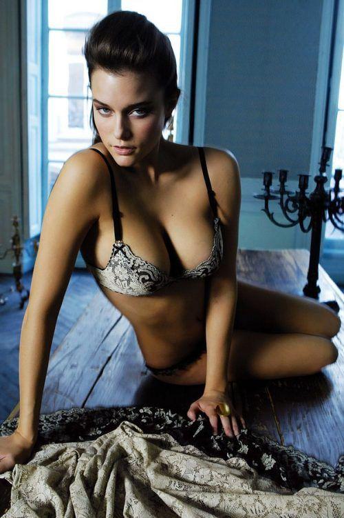 Kimberly J Brown Nude Pussy