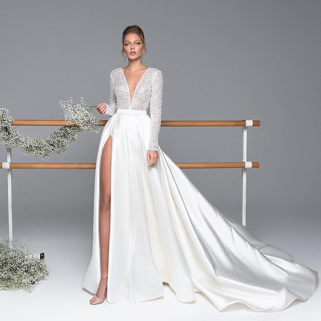 Pin by Rosalinda Soto on Wedding dresses   Wedding dresses, Long ...