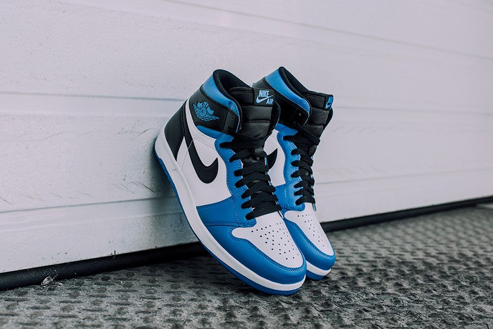 Air Jordan 1.5 The Return
