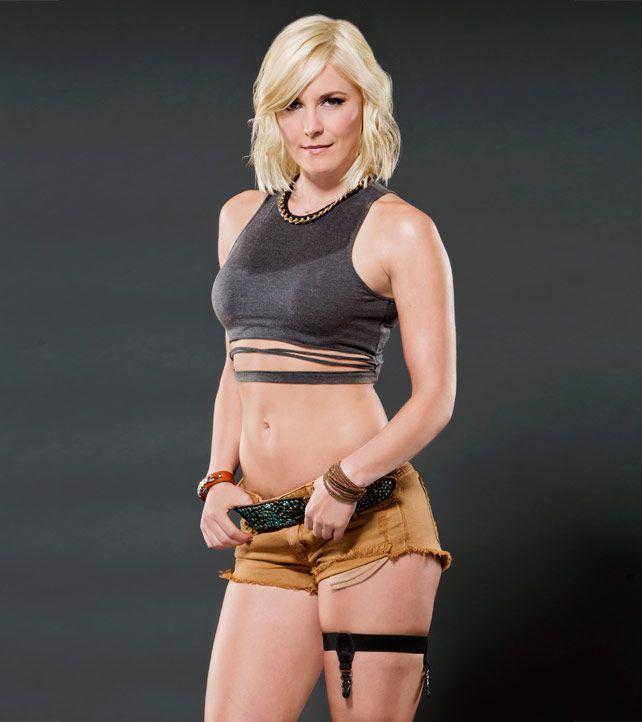 Rennee Summer Emma Wwe Divas Sexy