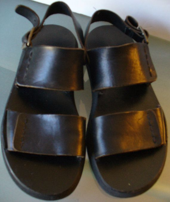 5eb298c91914d Banana Republic Men s Sandals Made in Italy Size by EurotrashItaly