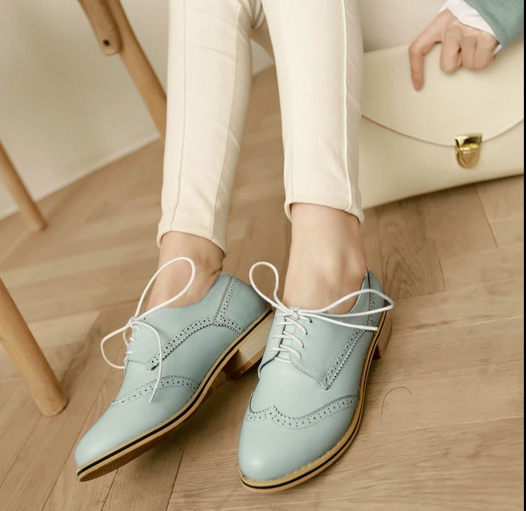 a7d907443d8ee Womens Flat Oxfords Brogue Shoes Vintage Round Toe Lace Up Teenagers Ankle  Boots
