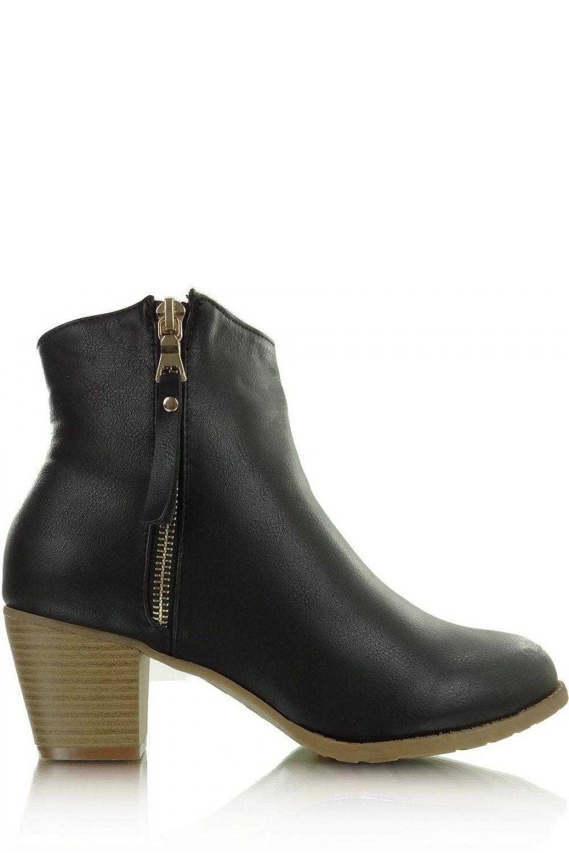 Heel boots model 31946 Heppin. Heel height 6 cm       Size Insole lenght    36 23.5 cm   37 24 cm   38 24.8 cm   39 25.5 cm   40 26 cm   41 27 cm