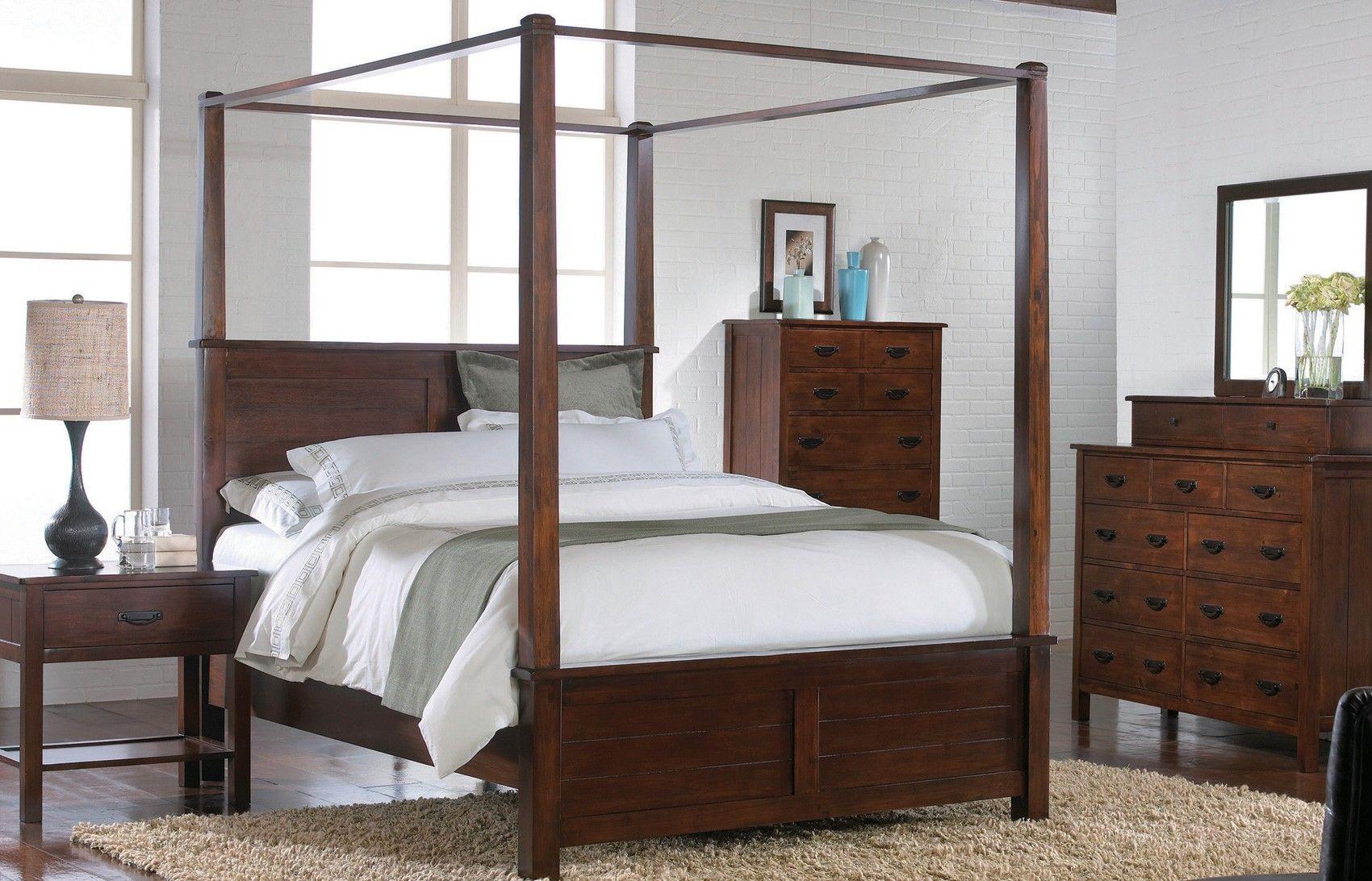 Carey Pc Queen Canopy Bed BQ Crown Mark Queen Beds