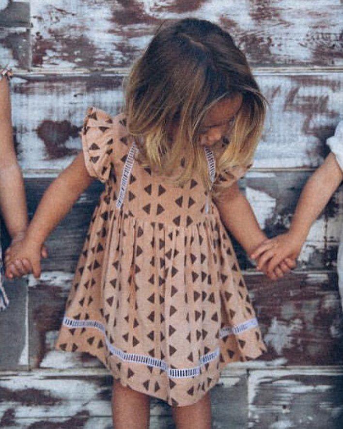 Hayley dress | Babystrickbekleidung, Kinderkram und die Kleinen