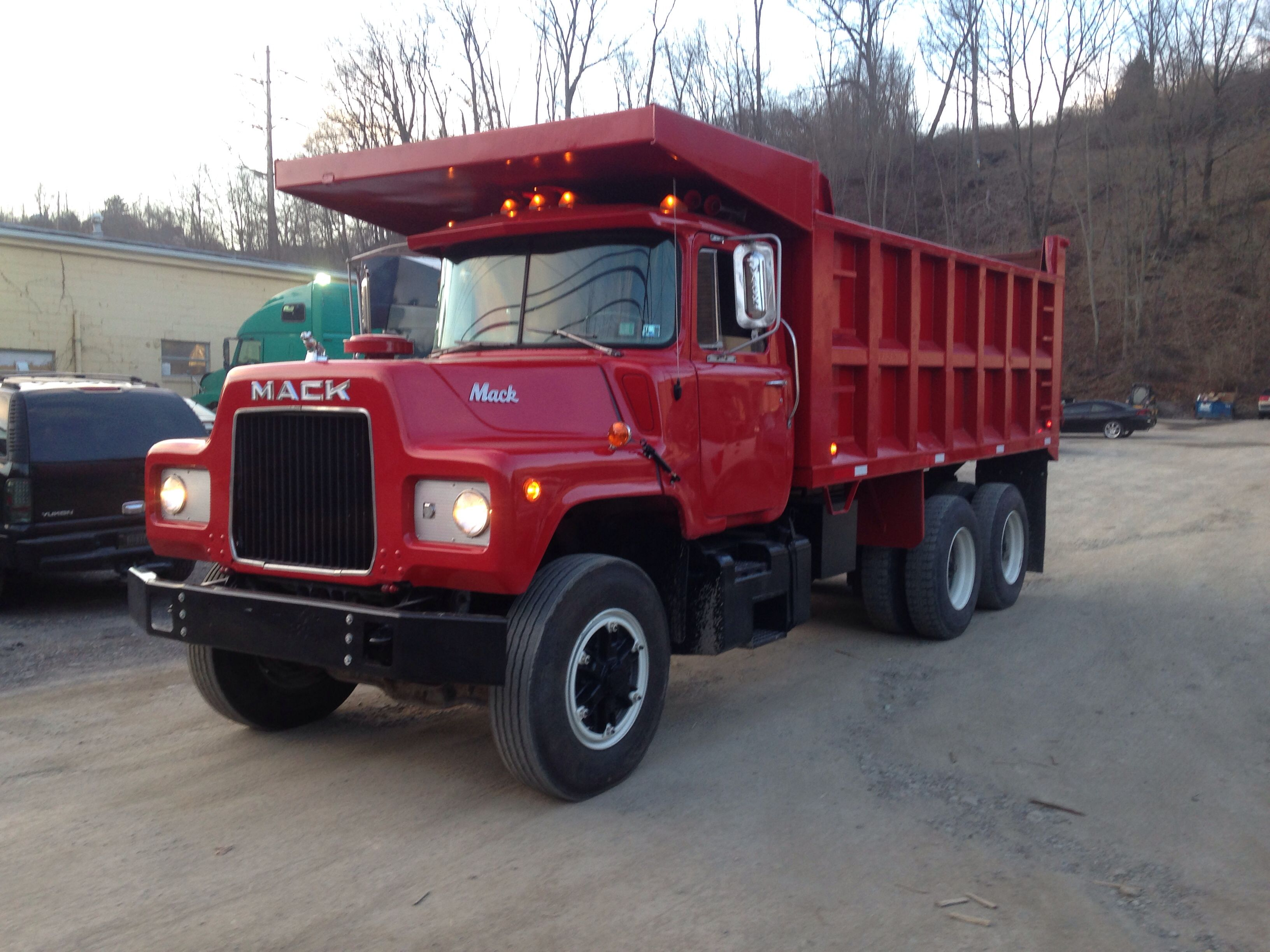 small resolution of 1978 mack dm685 restoration mack trucks dump trucks big trucks vintage trucks