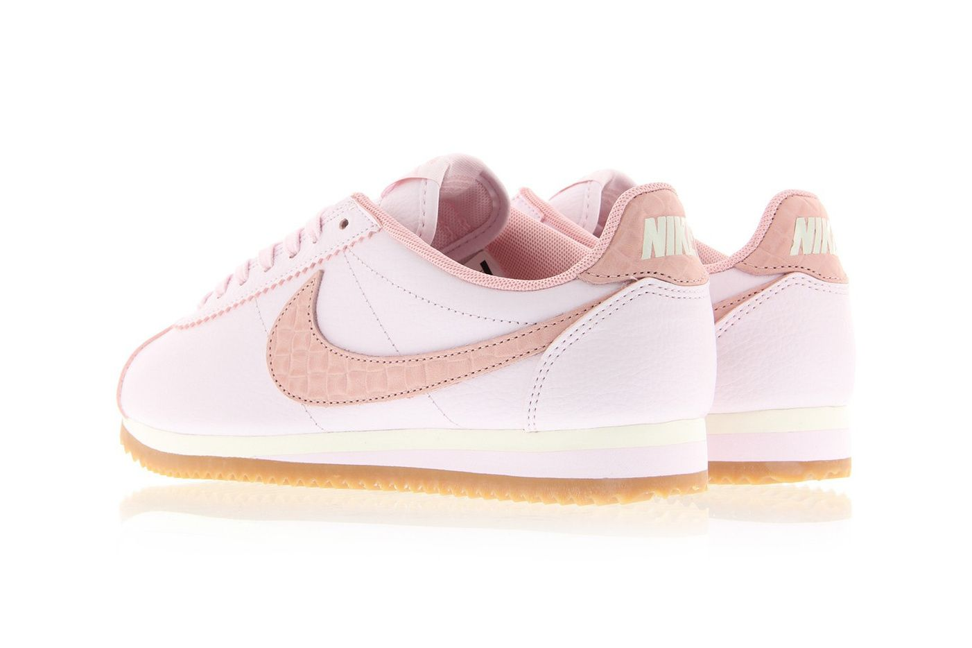 Nike Classic Cortez Leather Pearl Pink  f50eec1bd0