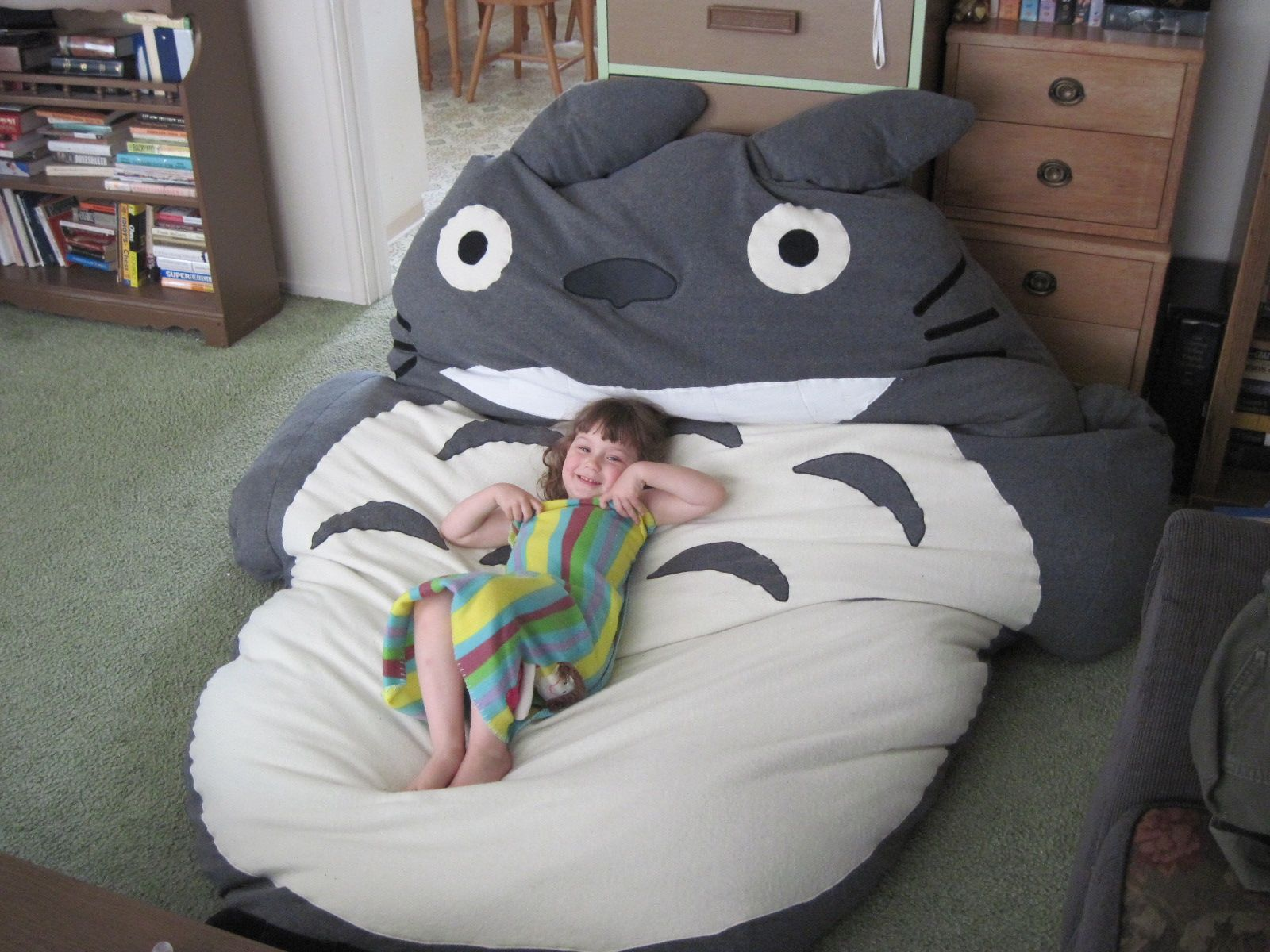 How To Make A Bean Bag Chair Out Of Old Clothes Office Weight Capacity 300 Lbs Totoro 4314 Jpg 16001200 Diy Stuffies Pinterest