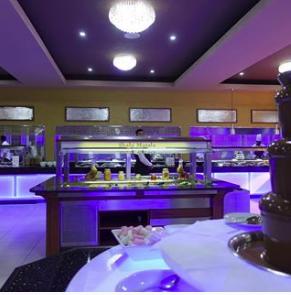 Shahi Masala Chocolate fountain #chocolatefountainfoods Chocolate fountain lover #Buffet #birminghamrestaurant #food #yummy #Halal #birmingham #restaurant #shahimasala #dessert #chinesefood #livestation #pasta   #cake #chocolatefountainfoods