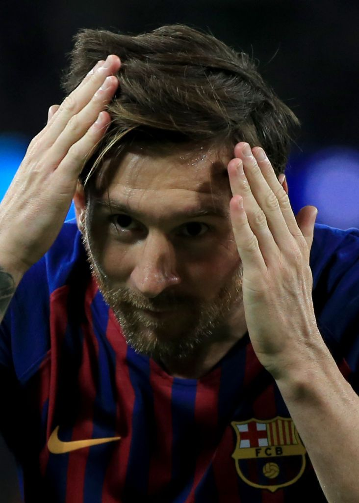 LONDON, ENGLAND - OCTOBER 03: Lionel Messi of FC Barcelona celebrates their 3rd goal during the Group B match of the UEFA Champions League between Tottenham Hotspur and FC Barcelona at Wembley Stadium on October 3, 2018 in London, United Kingdom. (Photo by Marc Atkins/Getty Images)