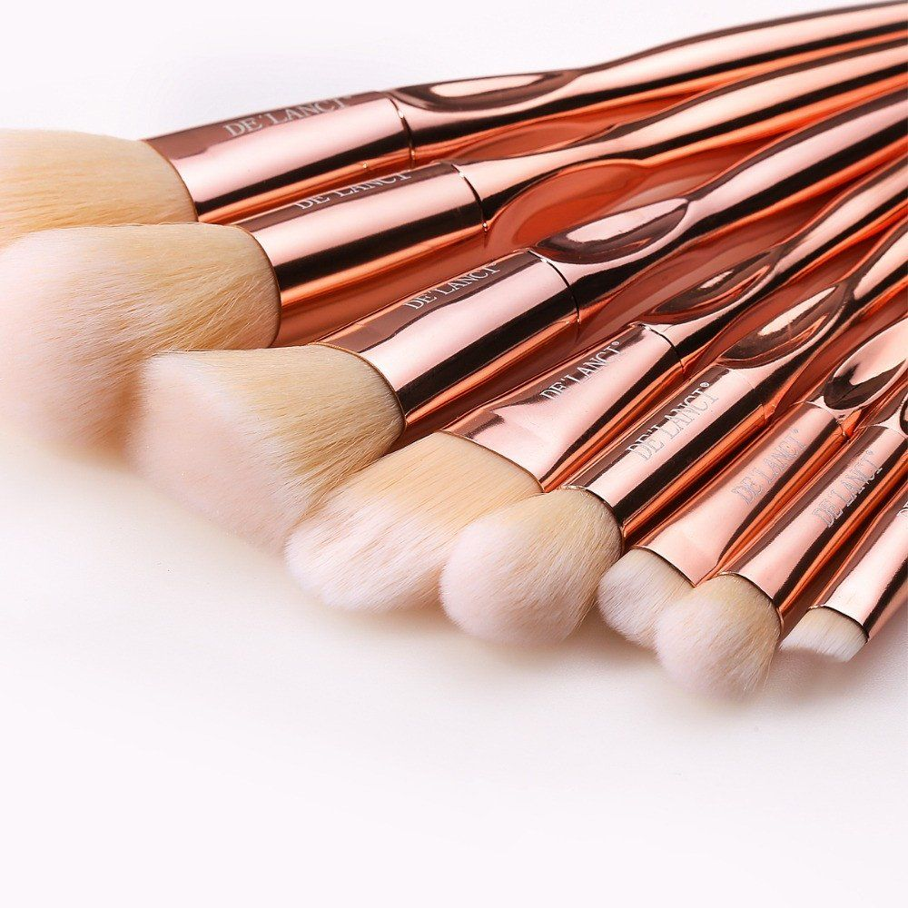 60e12f33ca2 How gorgeous is this New 8 Piece Rose Gold Makeup Brush Set ...