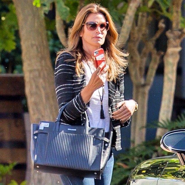 Cindy Crowford zadig et voltaire shopping bag handbag style celebrity  Instagram picture of Candide Bag