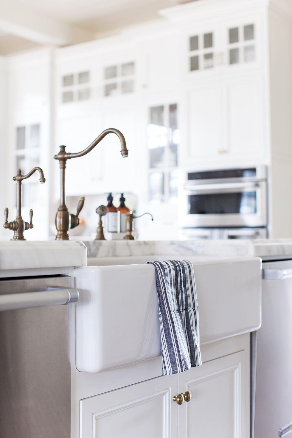 white-marble-kitchen-brass-fixtures - 8   Modern home Style ...