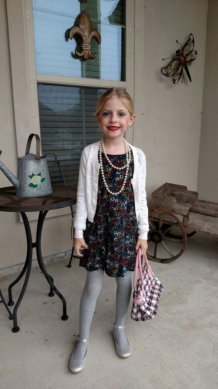 Celebrating 100 days of school by dressing like a 100 year