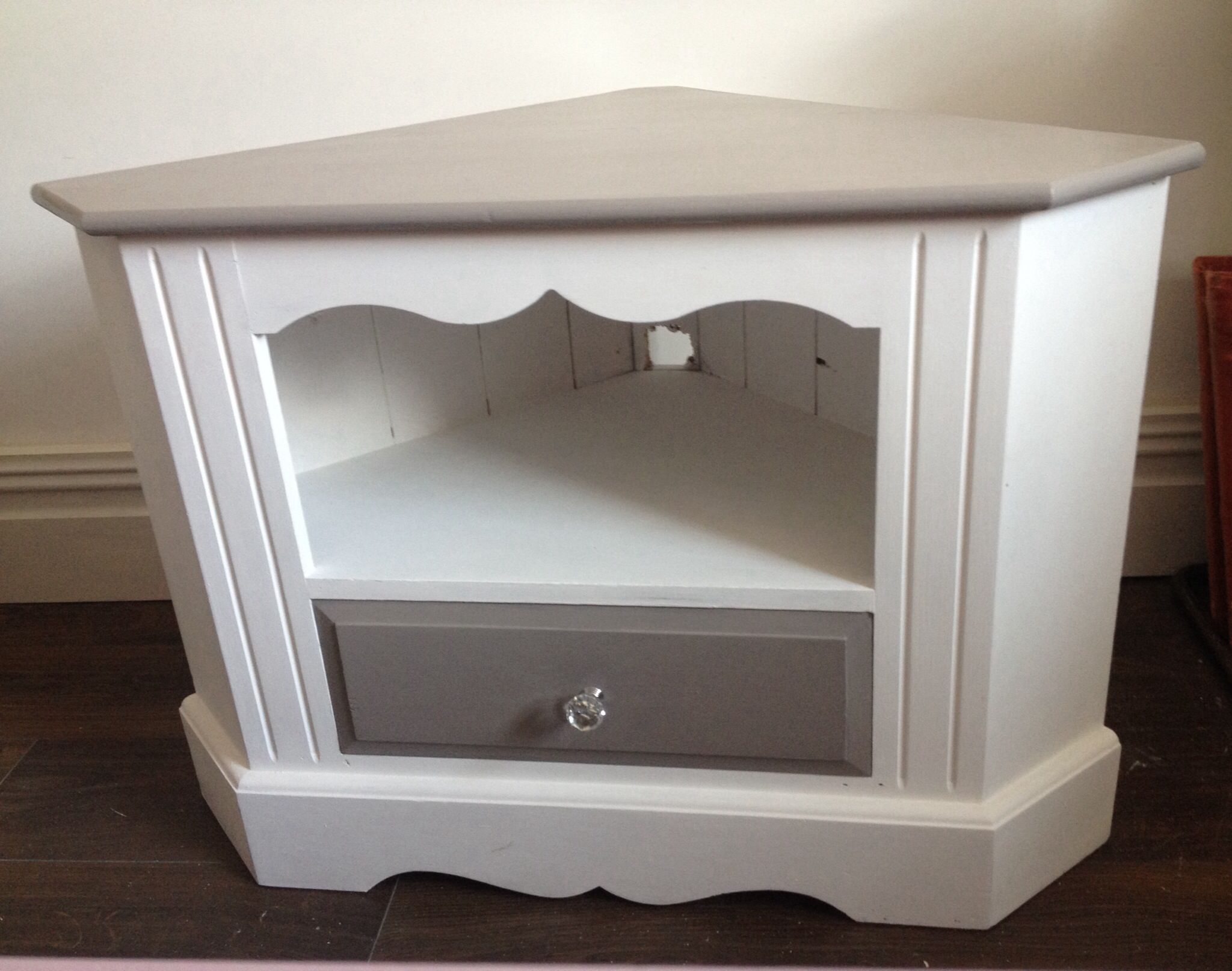 Pine corner tv unit painted by hare and hatter vintage beautiful inside furniture ideas - Corner tv unit ideas ...