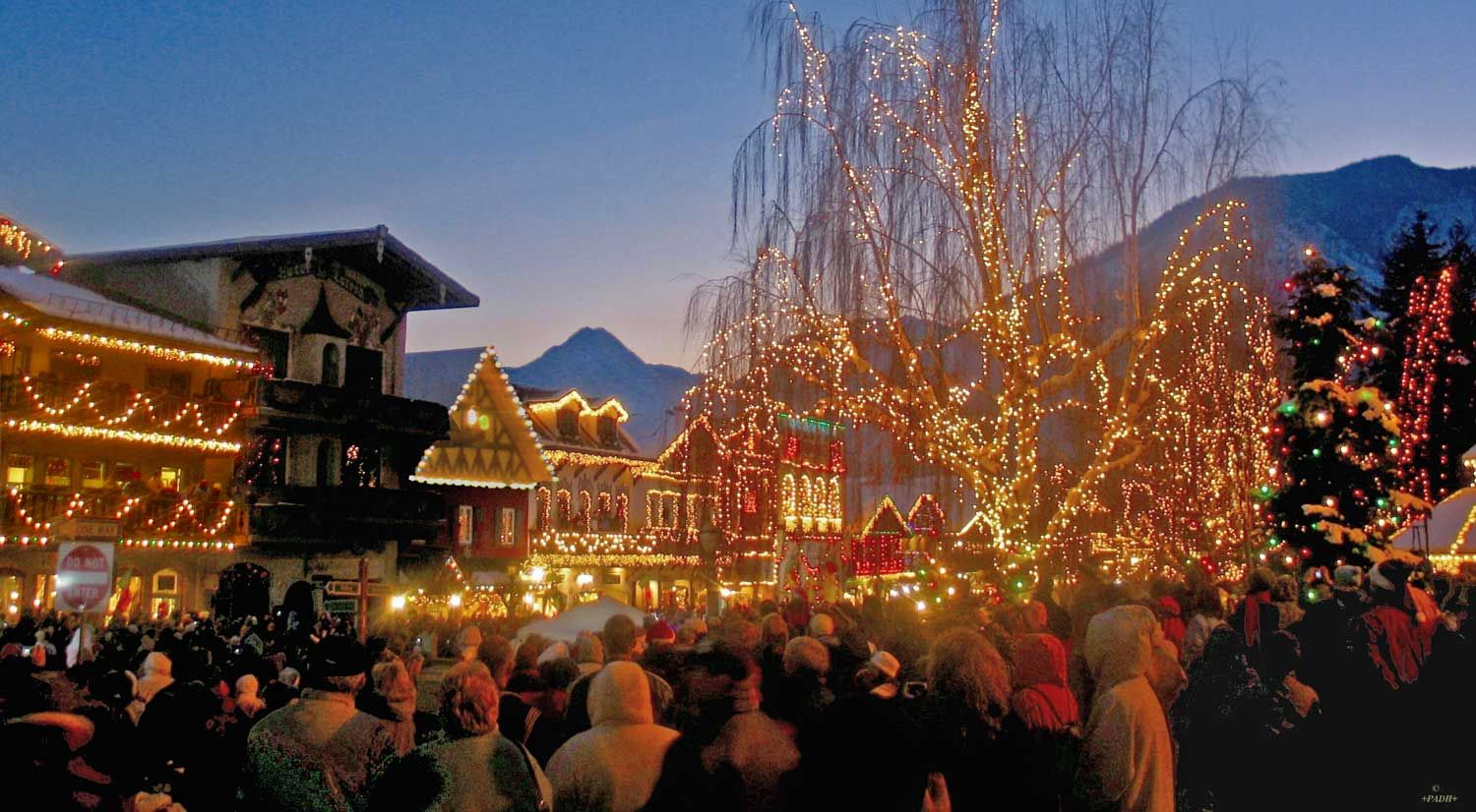Leavenworth Christmas Lights.Pin On Pac Nw