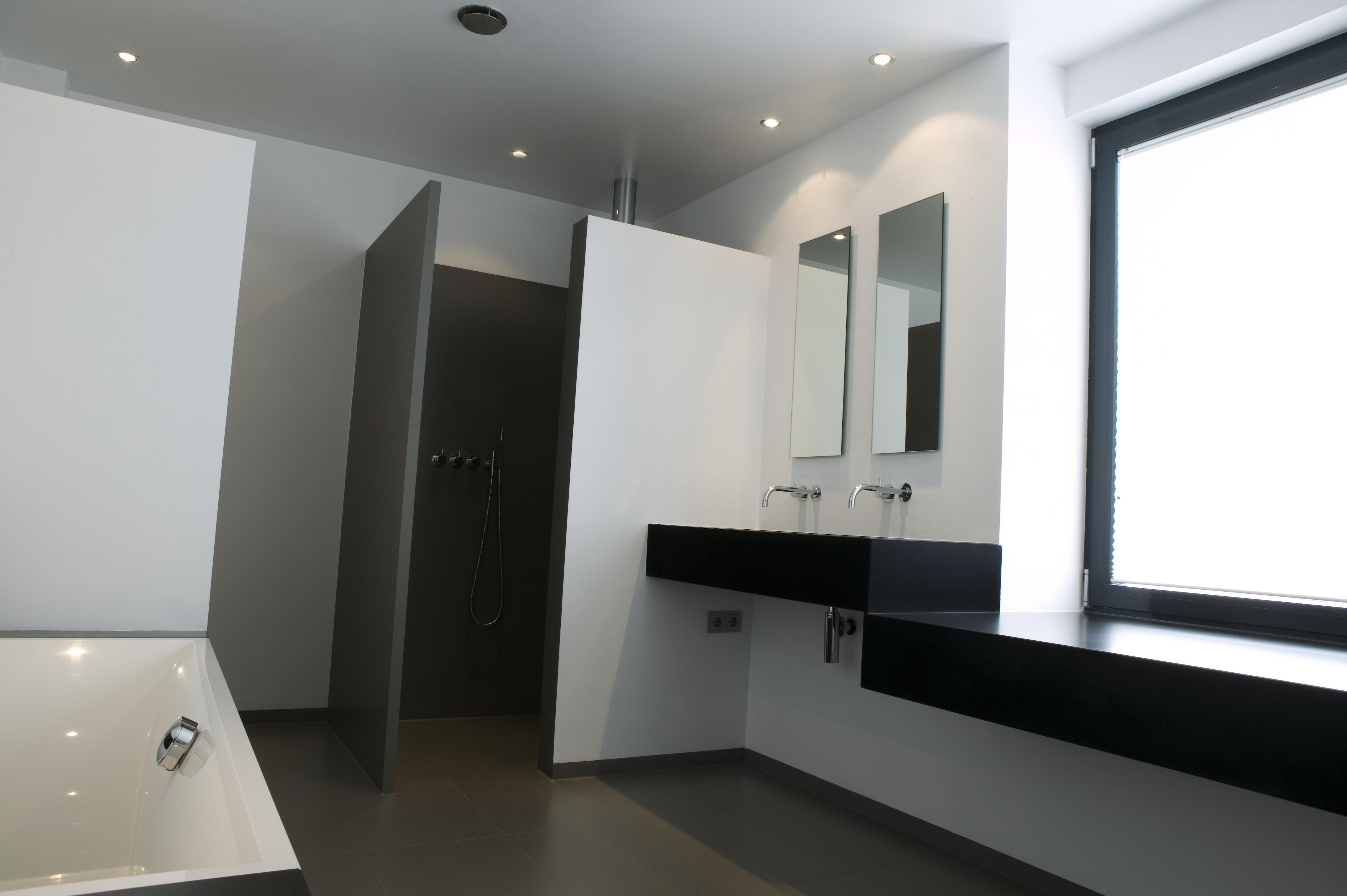 Douche voor de slaapkamer ruimte voor toilet in badkamer