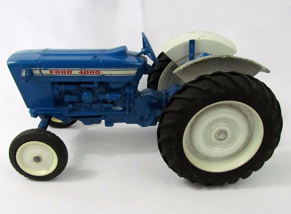 Metal Toy Tractors >> Pin On Ertl Toys