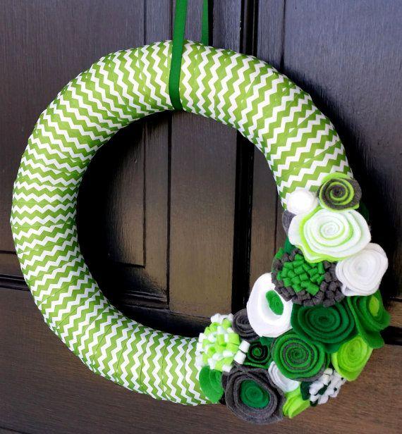 Ribbon Wreath Spring Wreath Summer Décor Green by TheGiddyMagpie