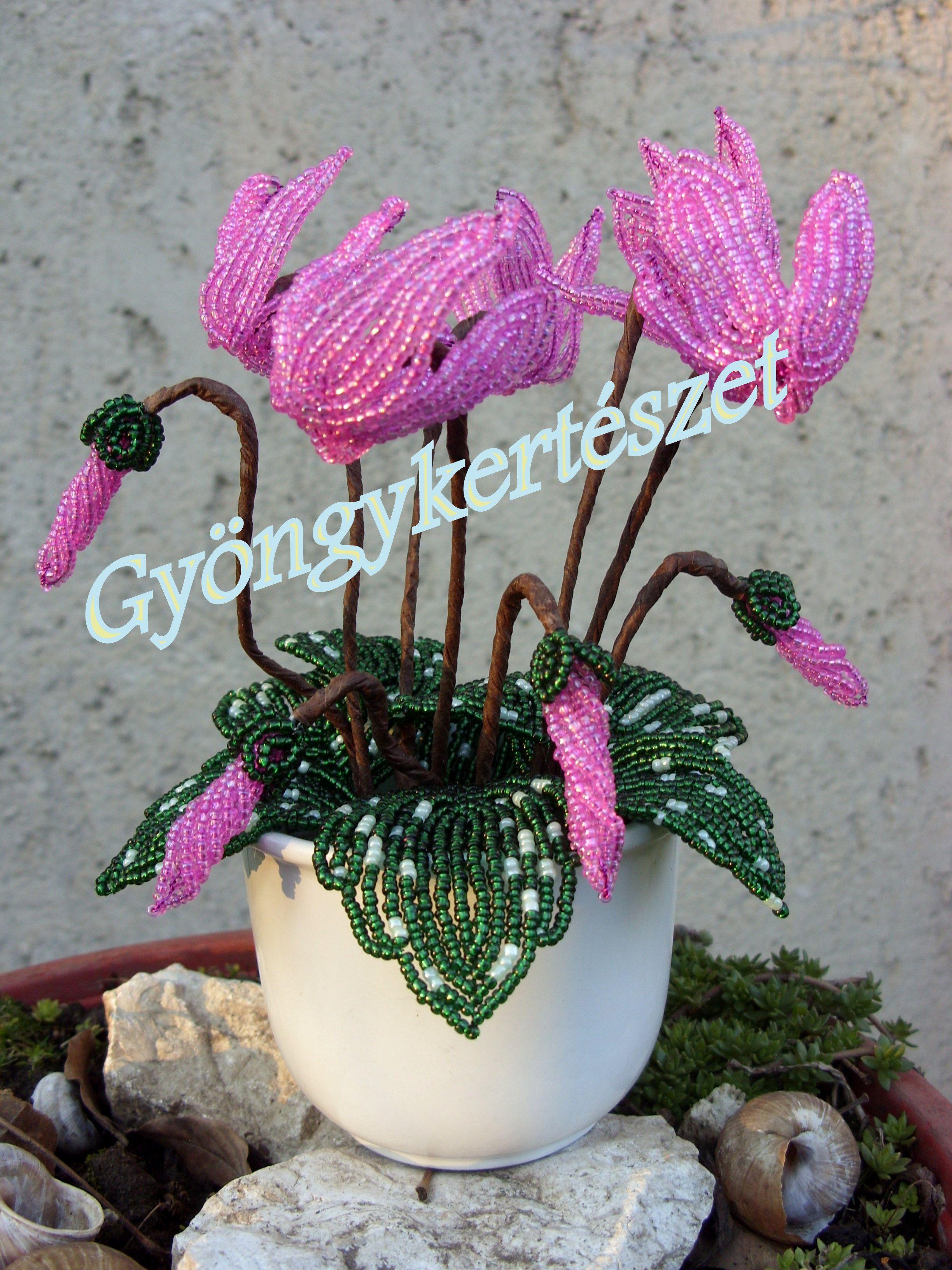 Cseh préselt virág gyöngyök - Cseh gyöngyök