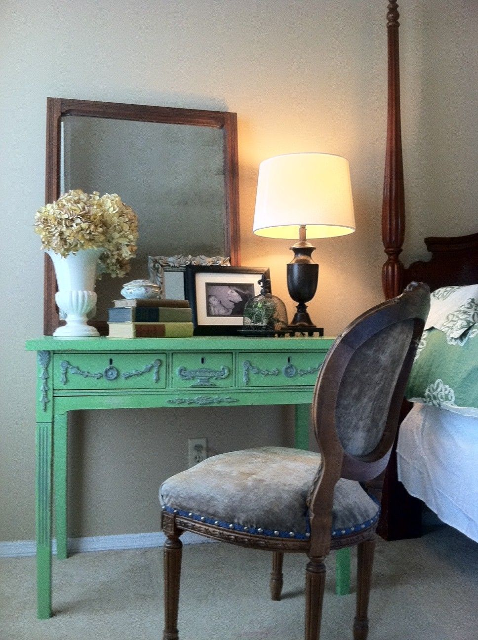 here is a 1920\'s vanity I just hand painted with Annie Sloan chalk ...