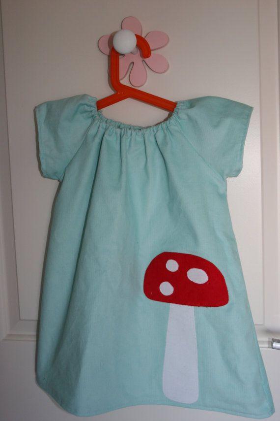 Winter Wonderland eisig blau Pilz Kleid von karlacola auf Etsy