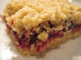 Raspberry Crumble Bars Oatmeal with fruit, Cherry oatmeal bars, Raspberry oatmeal bars