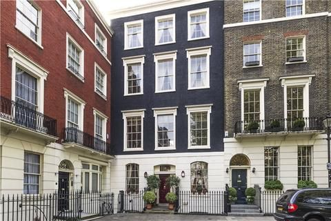 Connaught Square Hyde Park Estate Connaught Village London W2 6 Bed Terraced House 7 400 000 Terrace House Property For Sale London Square