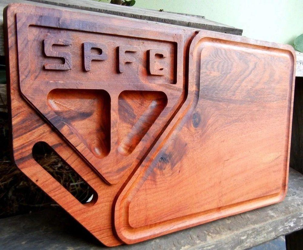 a5b55c0f1f Tábua de carne em madeira para churrasco personalizada time São Paulo -  Adrishop - Sua Loja de Variedades