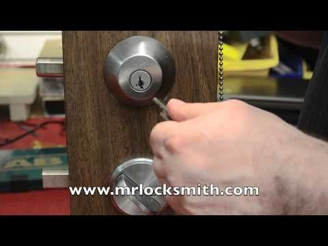 How To Open A Kwikset Smart Key Lock In 10 Seconds Video By Mr Locksmith Key Lock Kwikset Smart Key