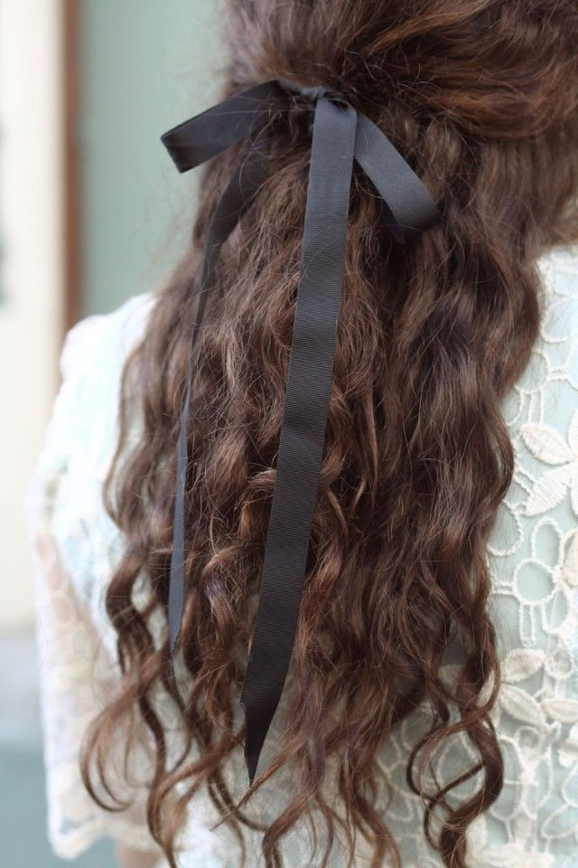 vintage ribbon hairstyle hairstyles