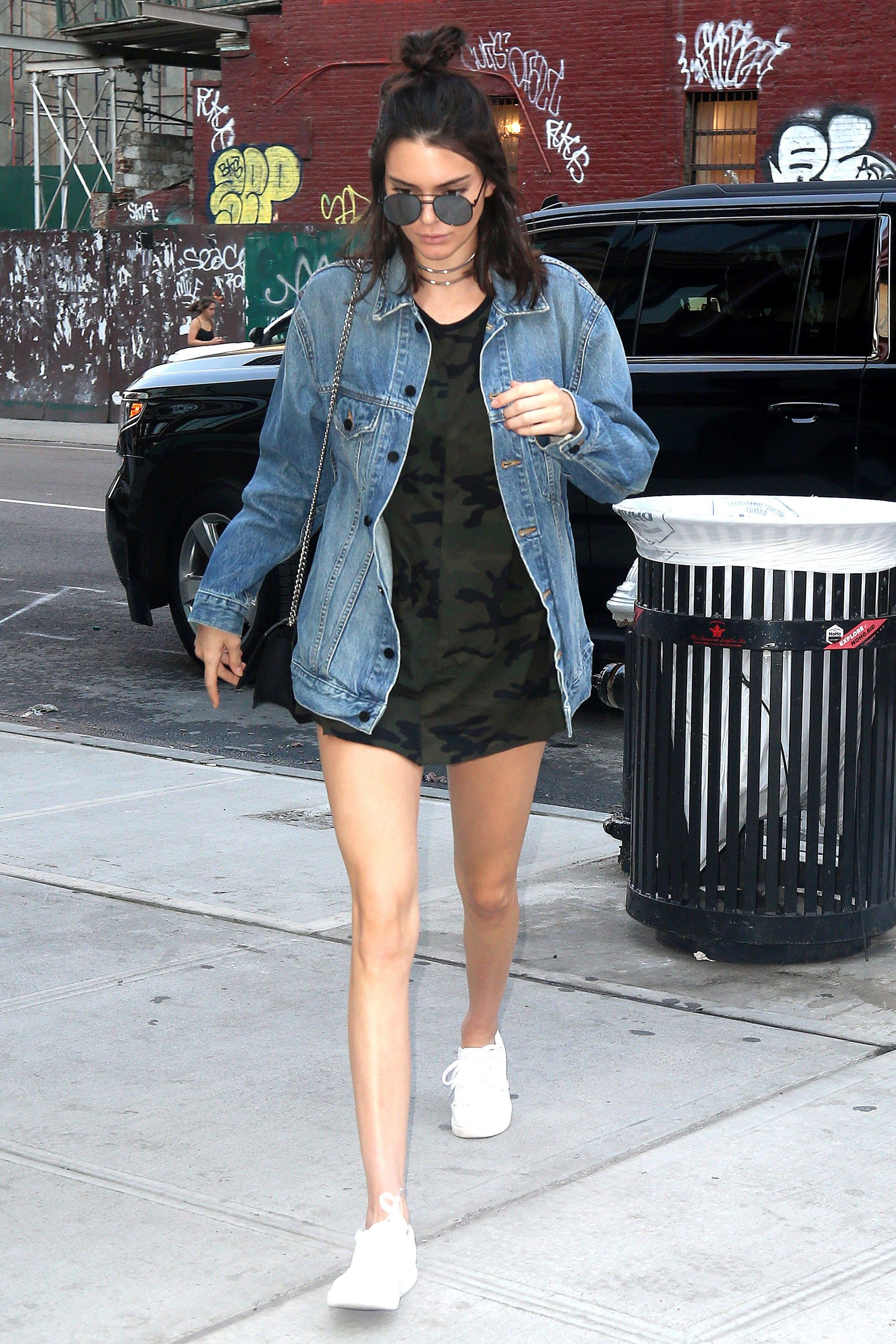 Sexy Kendall Jenner Street Style : Kendall Jenner, Gigi Hadidi And Hailey  Baldwin Out For