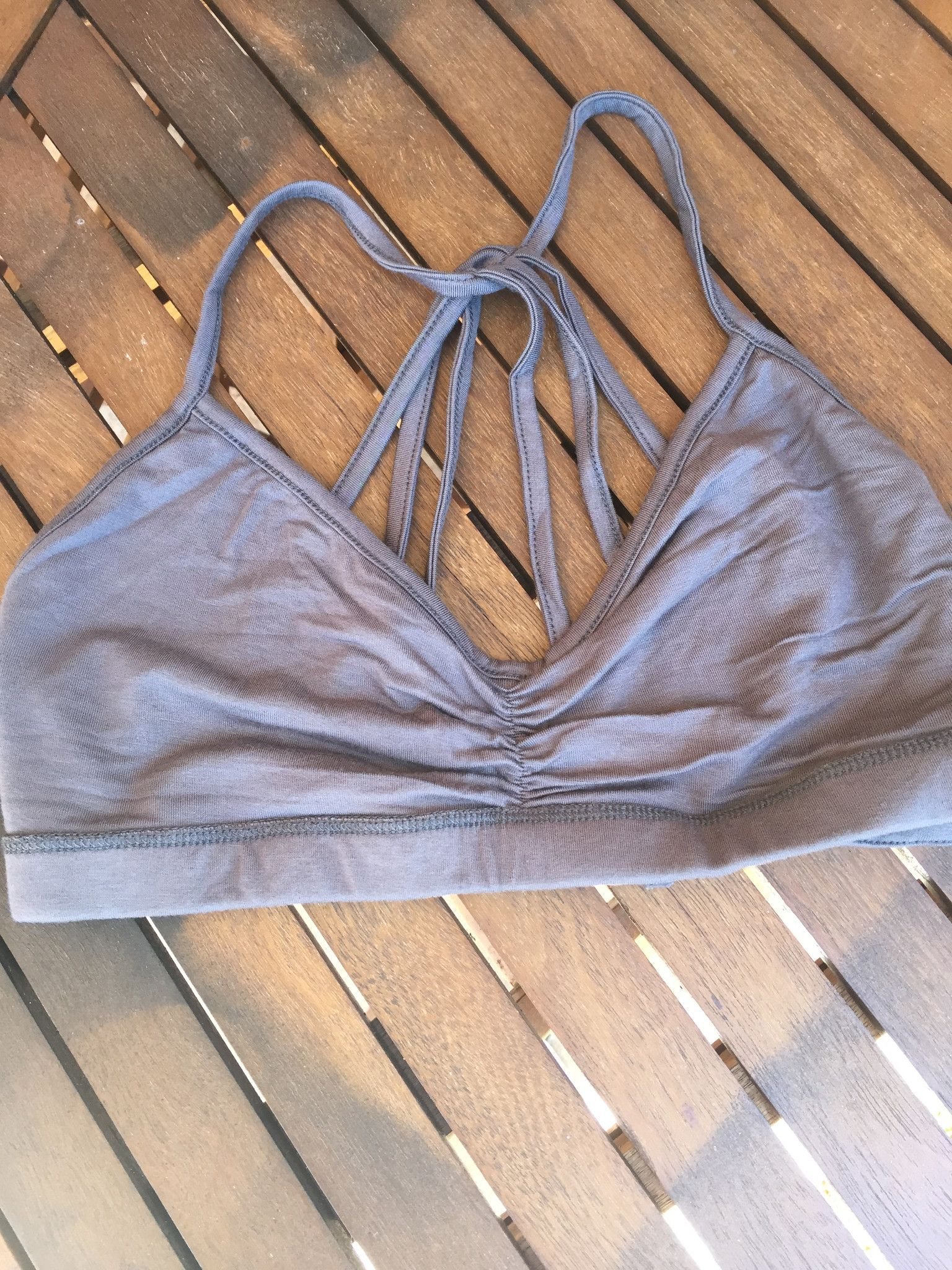 Pyramid back knit bralette-more colors