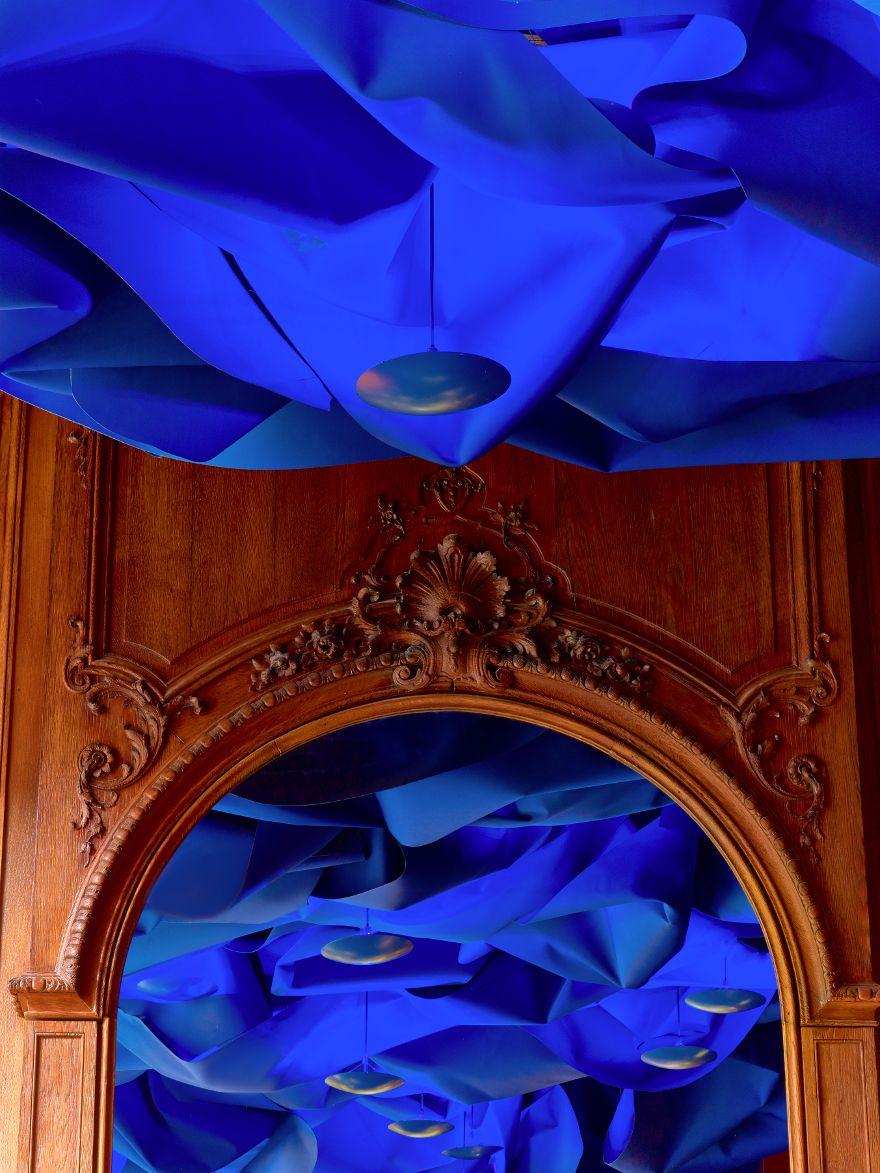 Ceiling Bat Alain Duce Au Plaza