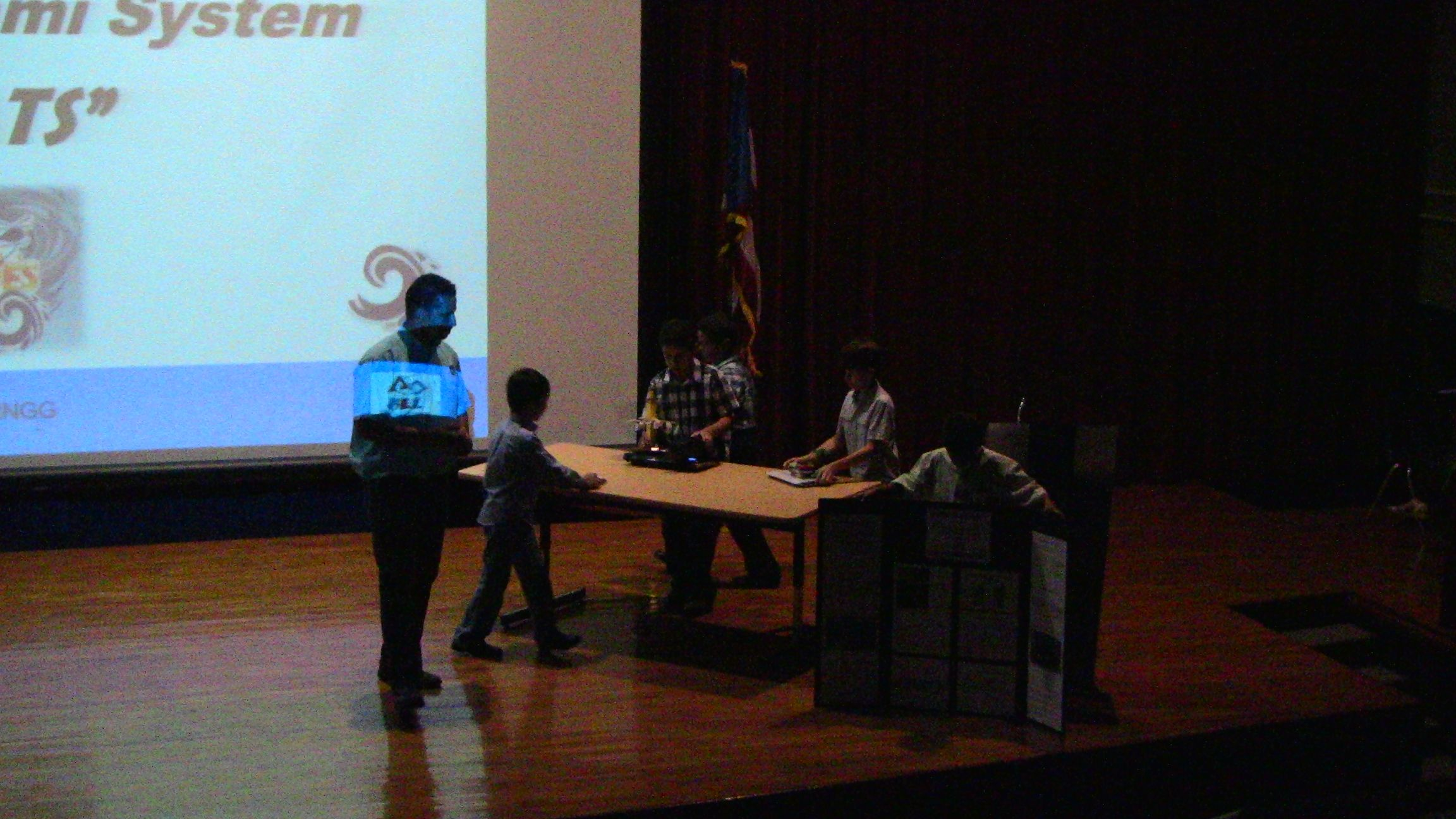Presentaciones de FIRST LEGO League - Nature's Fury