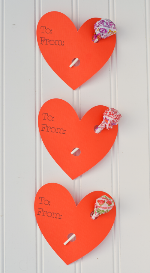 10 Classroom Valentines You Can Make with Cricut - Diy valentines decorations, Valentines diy, Valentines school, Cricut valentines projects, Valentines for kids, Valentine cards handmade - Classroom Valentines are so much easier to make when you use a Cricut machine! All tutorials are Easy DIY Craft Ideas that kids will love to receive