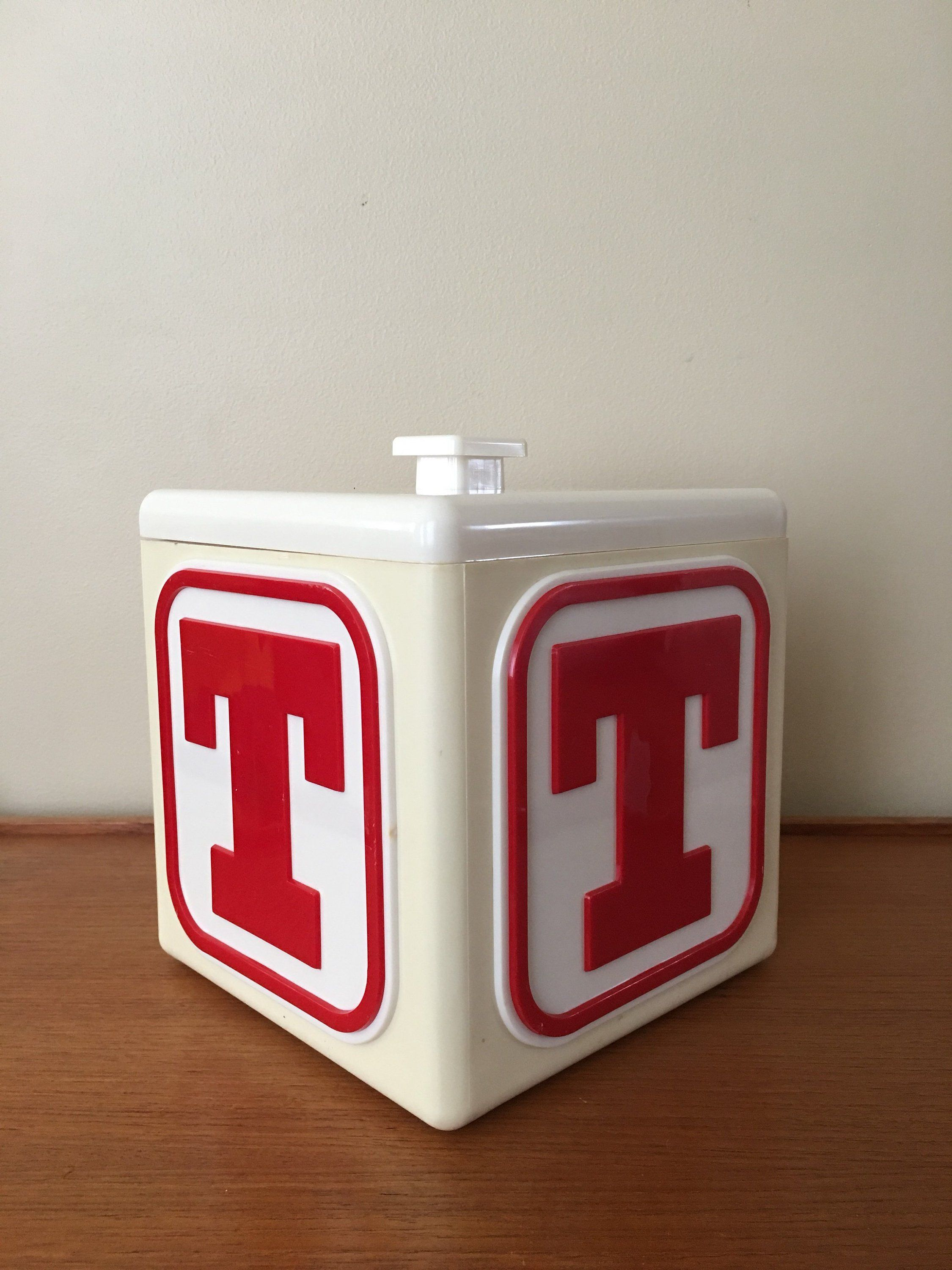 Vintage T Tennents Lager Mod Ice Bucket Square Ice Bucket With Letter T 1960s Red And White Plastic Ice Bucket Mid C Tennents Lager Fancy Packaging Lager