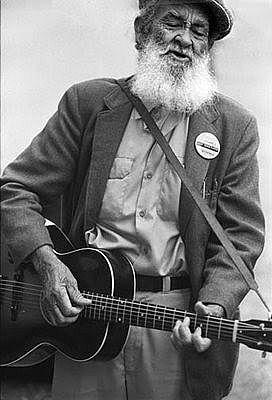 Blues artists | Early Blues Artists http://gttrips.wordpress.com/2012/08/03/fado-and ...