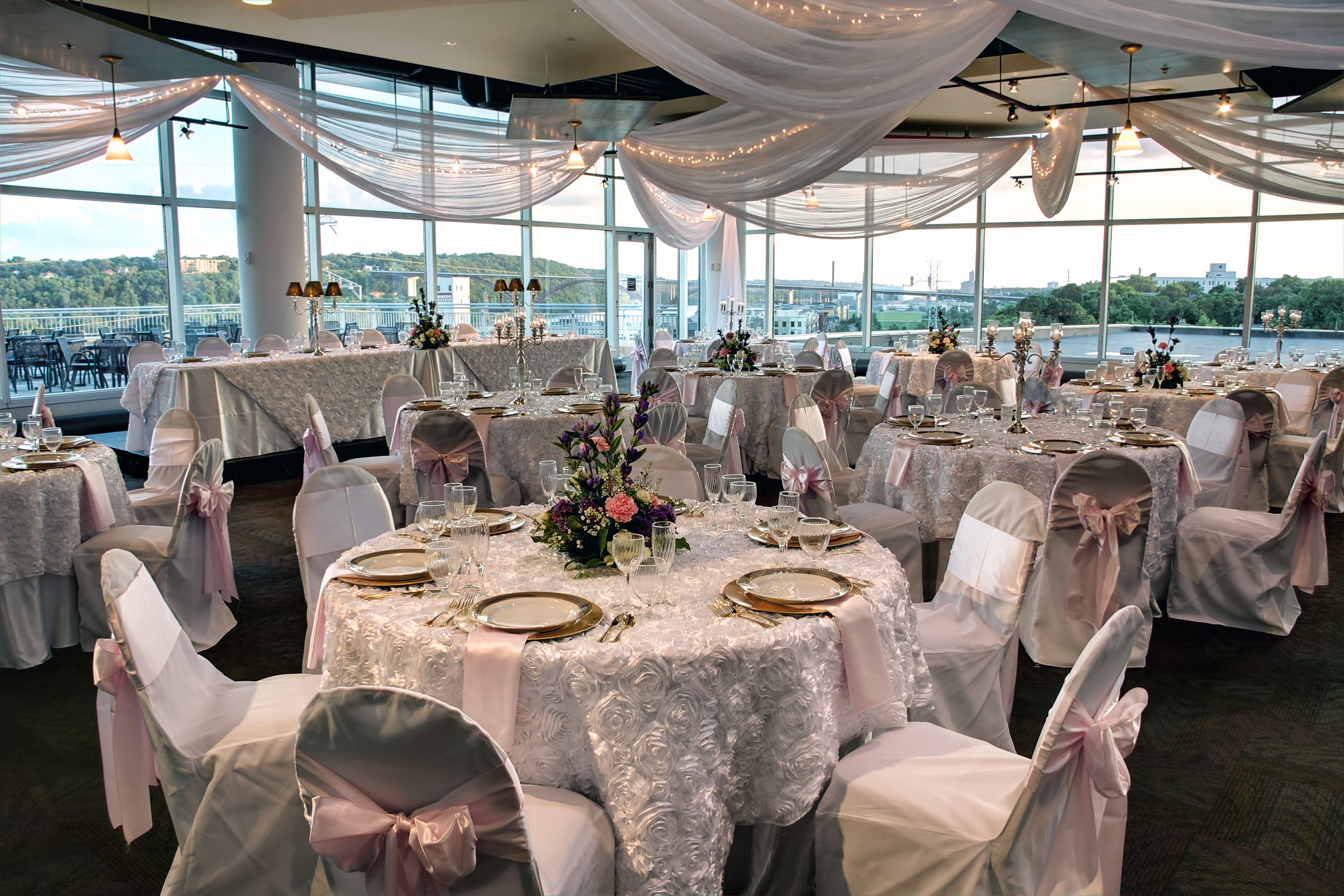 Wedding At The Science Museum Of Minnesota Wedding Venues Wedding Plan Your Wedding