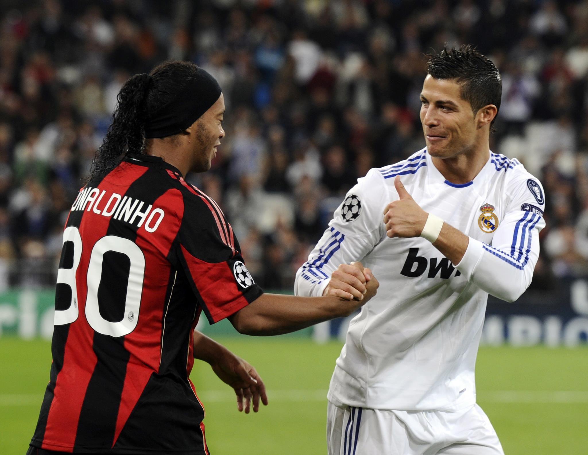 Ronaldinho (AC Milan) & Cristiano Ronaldo (Real Madrid)
