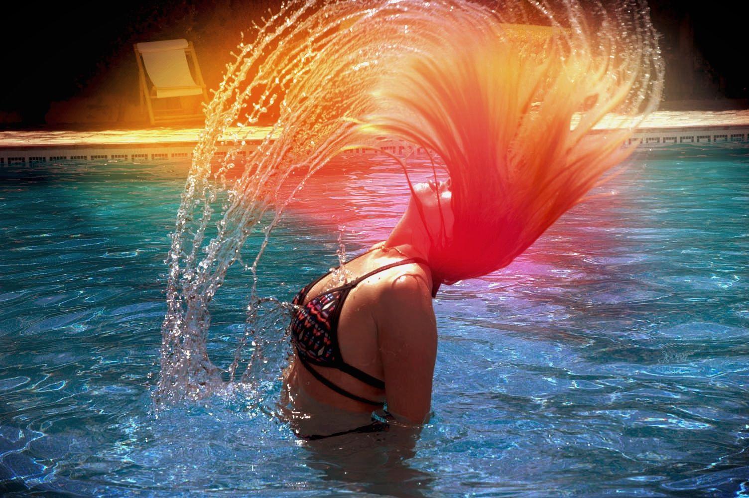 Water Flip Hair