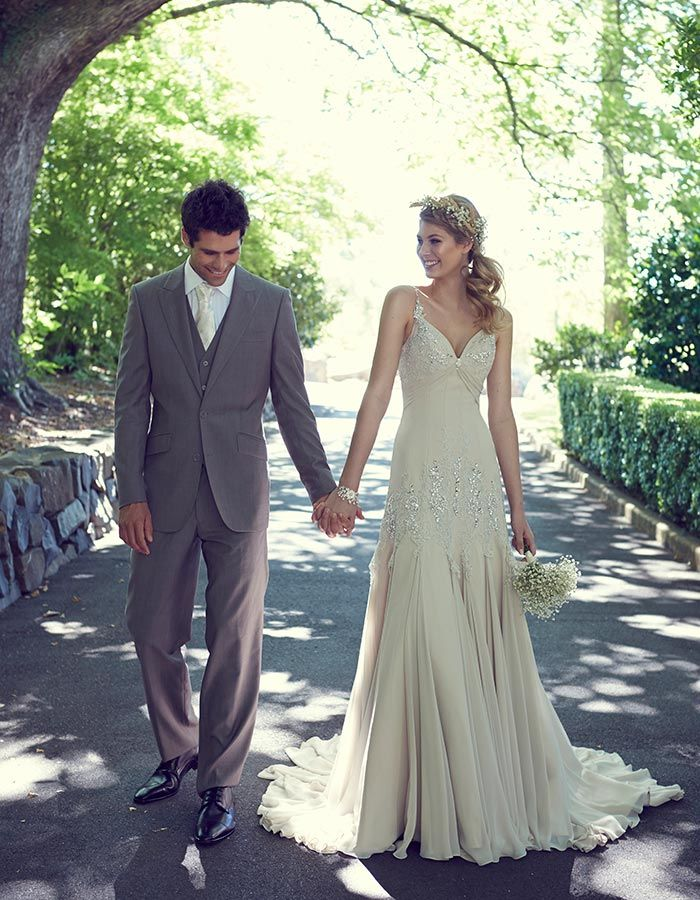 Love in the Gables - Garden Wedding Dresses | Fashion photography ...