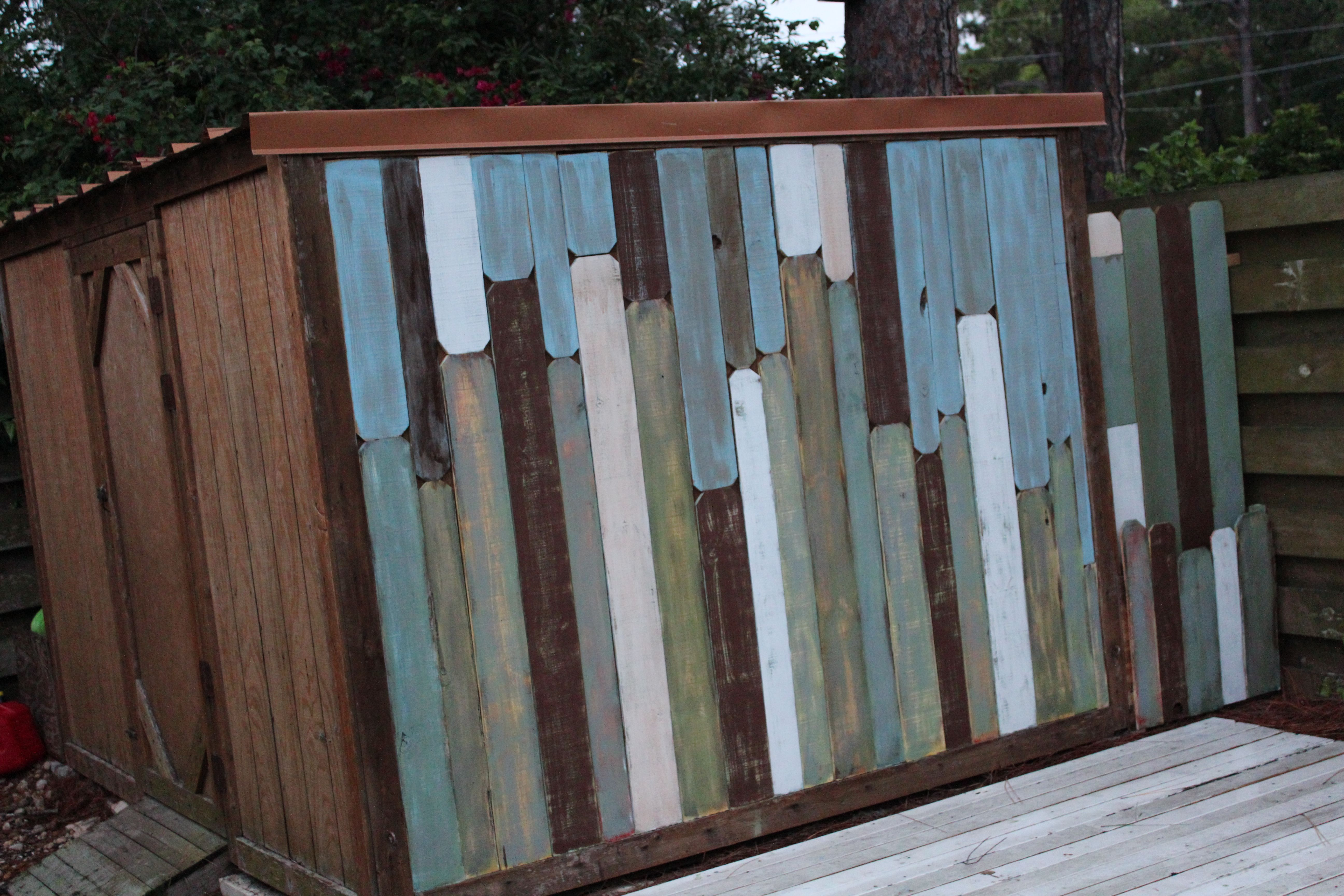 Http Beachbumlivin Com Painted Wood Fence Panels Used As