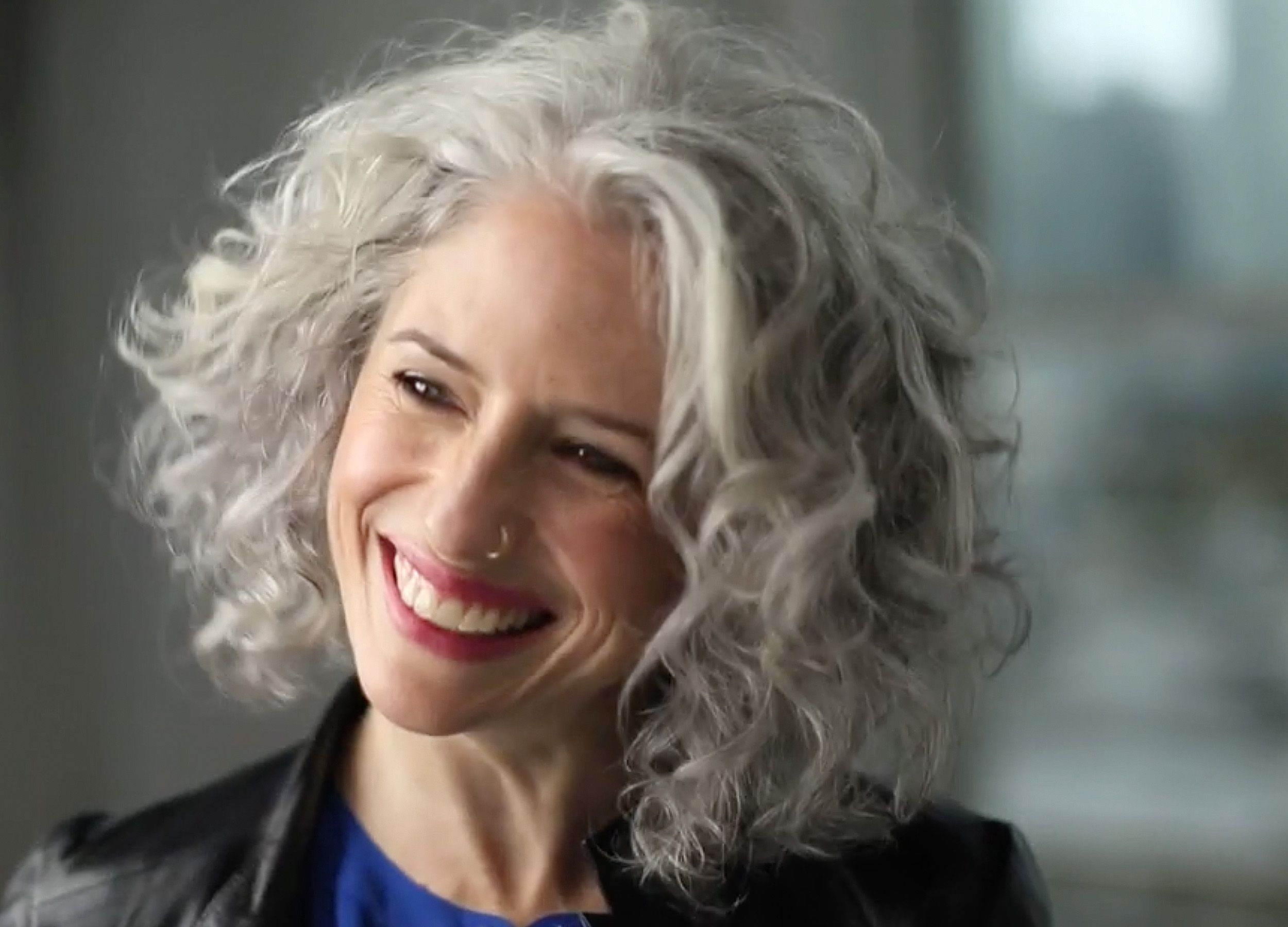 Love The Grey And Curls Short Hair Styles Silver White Hair Grey Curly Hair