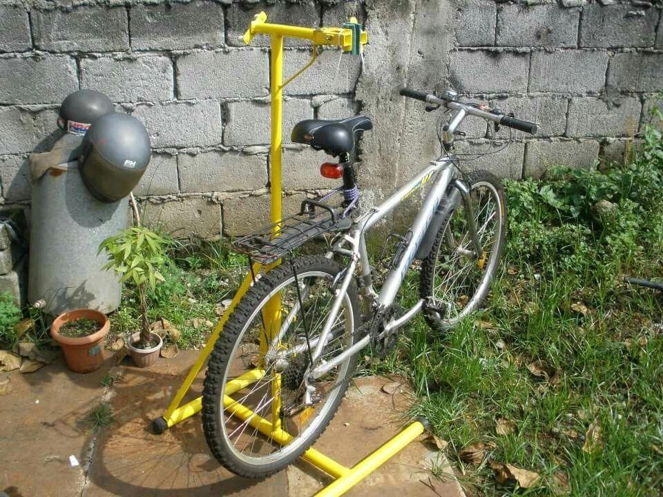Homemade Bike Repair Stand Pic 2 Bicyclerepair Bike Repair