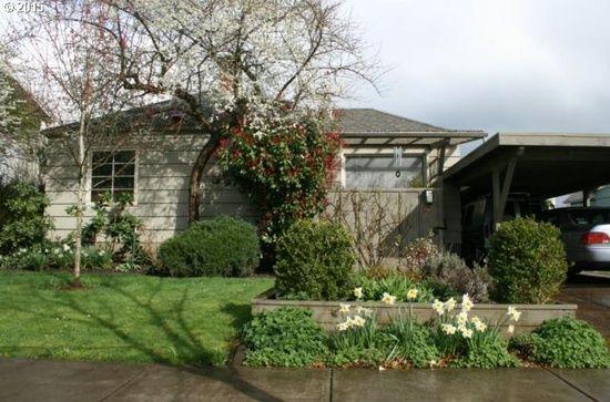 1554 Charnelton Aly, Eugene, OR 97401