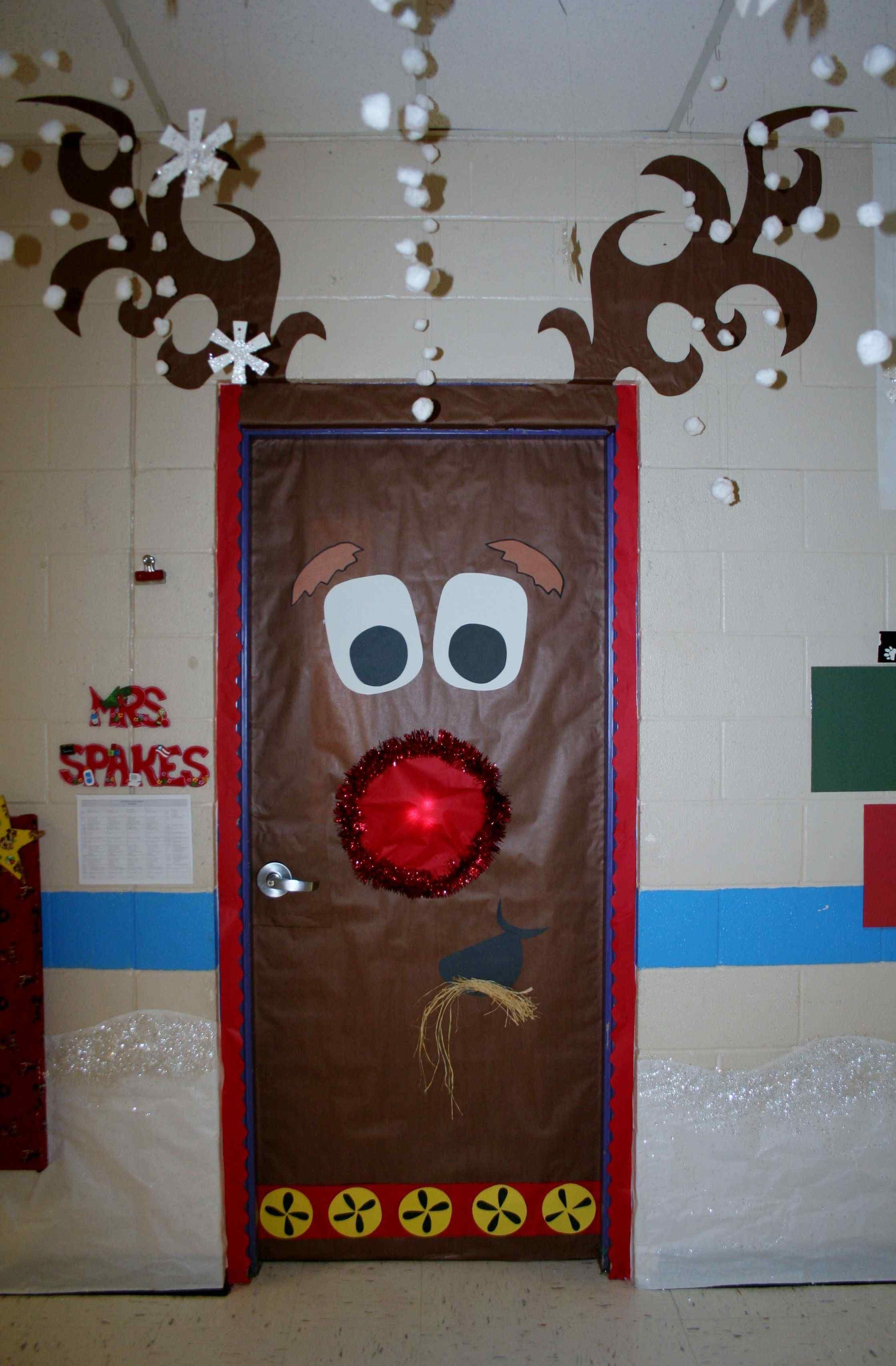 Image result for elementary school hallway Christmas decorating ...