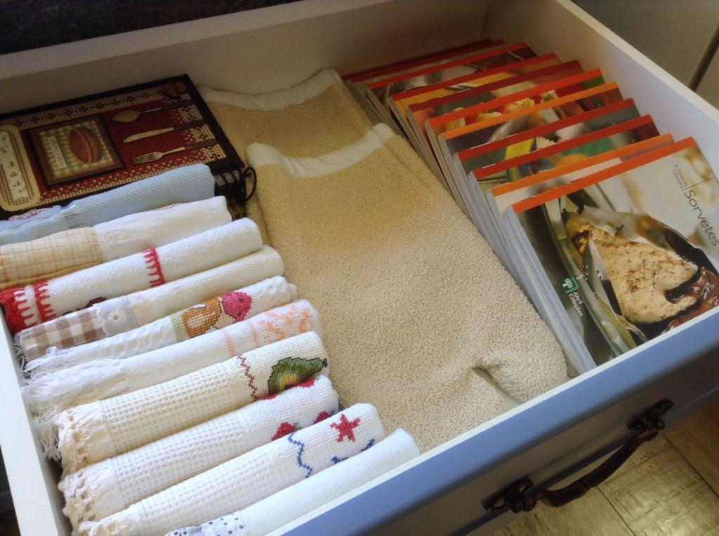 Otimize o espaço do seu armário modificando a forma das dobras!